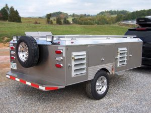 4-Hole Trailer With Front Closets